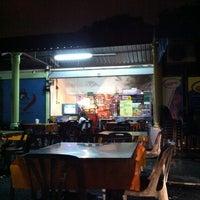 Photo taken at Medan Selera Taman Pinggiran Batu Caves by Nora F. on 10/31/2012