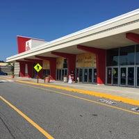 Photo taken at Regal Cinemas Augusta 10 by Austin W. on 7/13/2016