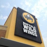 Photo taken at Buffalo Wild Wings by Austin W. on 8/21/2013