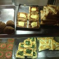 Photo taken at Restaurante Stambul by Fernao V. on 5/19/2013