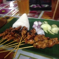 Photo taken at Satay Ismail by Azry K. on 4/8/2015