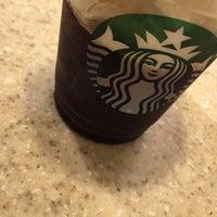 Photo taken at Starbucks by Roberto M. on 2/22/2016