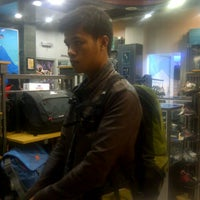 Photo taken at Eiger Adventure Store by Orien E. on 7/9/2013