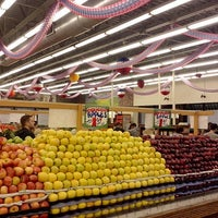 Photo taken at Stanley's Fruit And Vegetables by subtitles f. on 9/4/2013