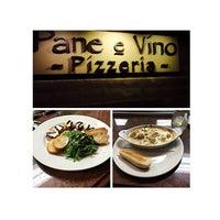 Photo taken at Pane e Víno Pizzeria by Janie B. on 4/3/2015