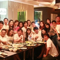 Photo taken at YASASHII Japanese Fusion Cuisine by Jan P. on 10/2/2012