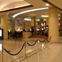 Photo taken at Philadelphia Marriott Downtown by D'Lynn N. on 1/12/2013