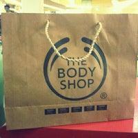 Photo taken at The Body Shop by MysheNd b. on 6/6/2013