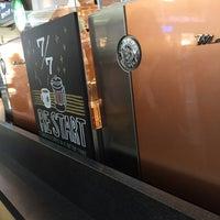 Photo taken at Starbucks Coffee 関西国際空港エアサイド店 by King L. on 7/31/2016