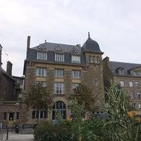 Photo taken at Intra-Muros – Centre de Saint-Malo by Tan on 9/24/2016
