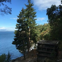 Photo taken at Lime Kiln Point State Park by Elliot D. on 9/10/2016