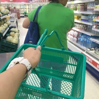 Photo taken at Tesco Lotus Damnoensaduak by Timemo S. on 7/6/2016