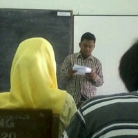Photo taken at B3-319 Los Angeles Class English Department UNNES by Aprilya Dwi P. on 9/17/2012