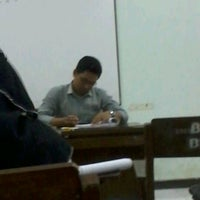 Photo taken at B3-319 Los Angeles Class English Department UNNES by Aprilya Dwi P. on 10/31/2012