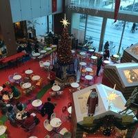 Photo taken at 東京ミッドタウン ガレリアB1F アトリウム by Takashi M. on 12/1/2015