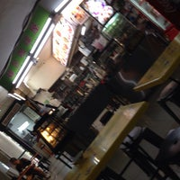 Photo taken at Roti & Coffee Cafe 面包咖啡屋 @ Jalan Sultan Plaza by Dmitri G. on 7/25/2016