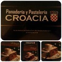 Photo taken at Panadería y Pastelería Croacia by Ricardo D. on 1/7/2014