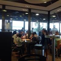 Photo taken at McDonald's by Кузин А. on 9/23/2016