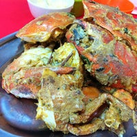 Photo taken at Sungai Yu Seafood Restaurant by Jayne on 10/23/2014