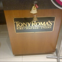 Photo taken at Tony Roma's Ribs, Seafood, & Steaks by Suriani H. on 12/3/2012