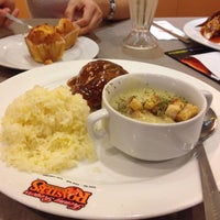 Photo taken at Kenny Rogers Roasters (KRR) by Nurfarah E. on 8/2/2015