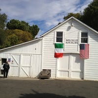 Photo taken at Napa Valley Olive Oil by Reyn J. on 10/21/2012