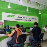 Photo taken at Acer Customer Service Center (ACSC) by Andri M. on 11/29/2012