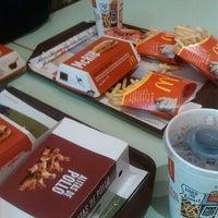 Photo taken at McDonald's by Anecdotario d. on 3/3/2014