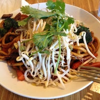 Photo taken at Noodles & Co by kobakeny k. on 1/13/2013