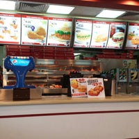 Photo taken at KFC by Chen Y. on 9/27/2013