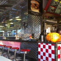 Photo taken at Lenny's Burger Shop by Bradley S. on 11/3/2012