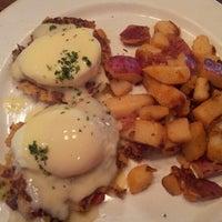 Photo taken at Mimi's Café by Darren W. on 2/10/2013