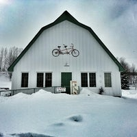 Photo taken at Tandem Ciders by Dïck on 2/16/2013