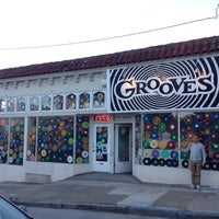 Photo taken at Grooves by shinoboo.gk on 9/26/2013