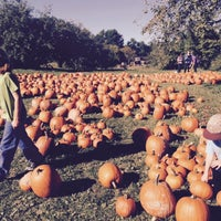 Photo taken at Indian Creek Farm by Hillary B. on 10/11/2015
