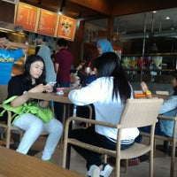 Photo taken at Dunkin' Donuts by Agus W. on 5/1/2016