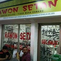 Photo taken at Rawon Setan by Zamree R. on 11/24/2012
