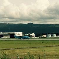 Photo taken at 阿蘇くまもと空港 展望デッキ by Arna on 9/3/2015