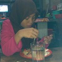 Photo taken at Hobbies Minggu Raya Banjarbaru by Pathul'Ahoel' J. on 9/16/2013