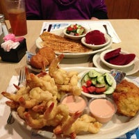 Photo taken at O'Steen's Seafood Restaurant by Ed F. on 2/17/2013