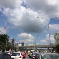 Photo taken at Phatthanakan Intersection by Plammizz T. on 10/10/2016