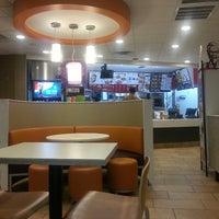 Photo taken at Taco Bell by Karen R. on 2/5/2014
