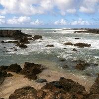 Photo taken at Pupukea Beach Park by Jo H. on 9/24/2012