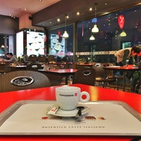 Photo taken at Espressamente illy by JP B. on 1/3/2016