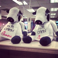 Photo taken at Chick-fil-A Peachtree at Collier by Washim W. on 7/13/2013