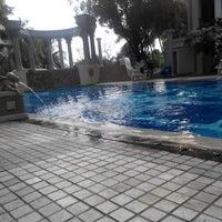 Photo taken at Waterplace Swimming Pool by Jefta H. on 4/19/2014