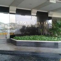 Photo taken at Crowne Plaza by Arturo C. on 7/7/2013