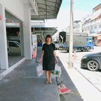 Photo taken at Bang Yai City Market by Kittaya C. on 9/15/2016