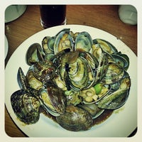 Photo taken at Saigon Seafood Harbor by Kenny T. on 2/10/2013