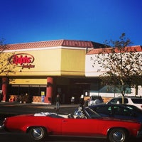 Photo taken at Ralphs by Fabrizio on 12/24/2013